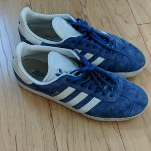 Adidas Gazelle Blue low top sneakers